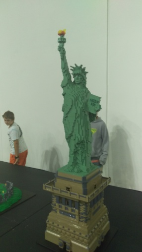 (pic - Story) Lego - Statue of Liberty