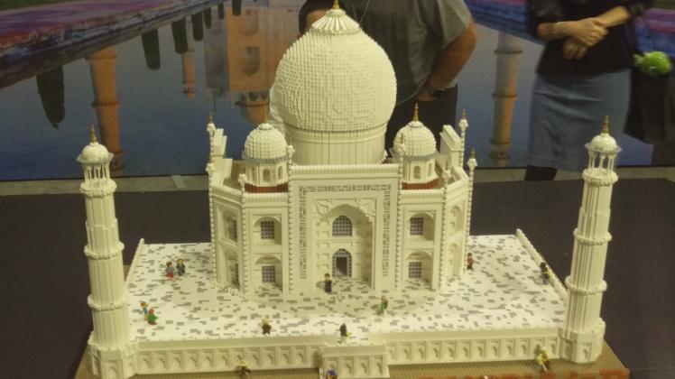 (pic - Story) Lego - Taj Mahal 01