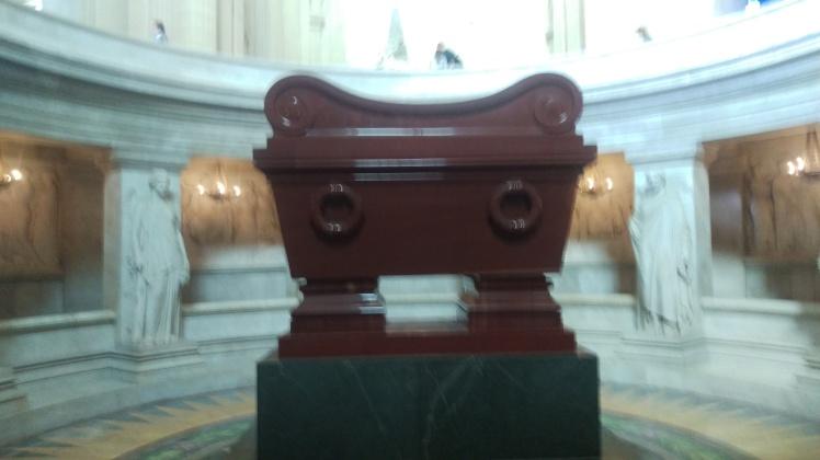 (pic - Story) Paris - Napoleon's Tomb
