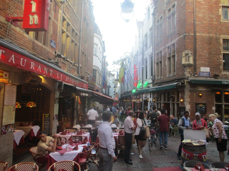 (pic - Story) Brussels - Street