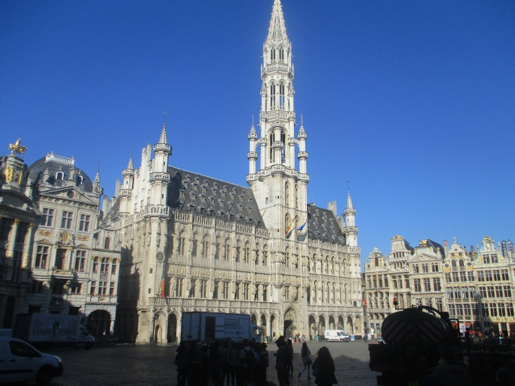 (pic - Story) Brussels - Title