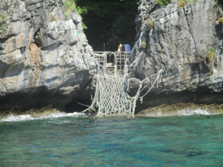 (pic- Story) Phi Phi - Maya Bay Entrance