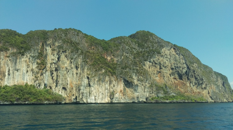 (pic - Story) Phi Phi - Mountain of Rock