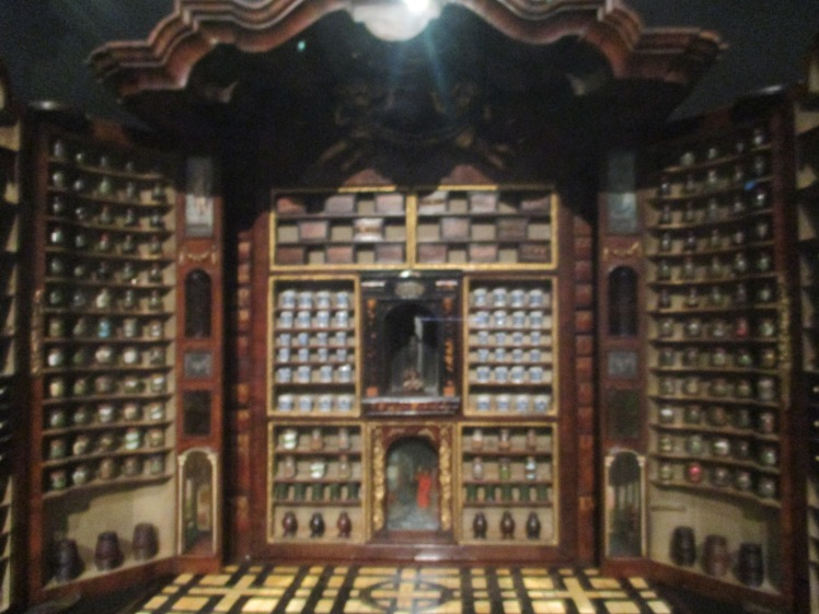 (pic - story) rijksmuseum - collectors cabinet
