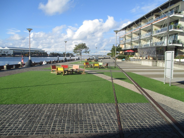 (pic - Story) Newcastle - Foreshore
