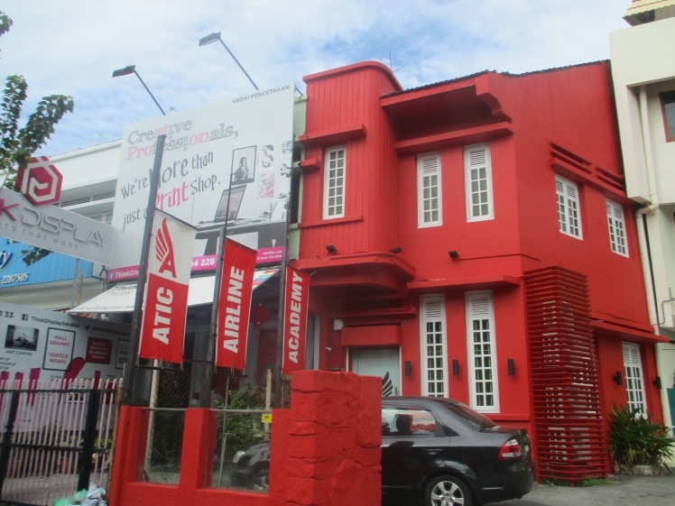 (pic - Story) Penang - Red House