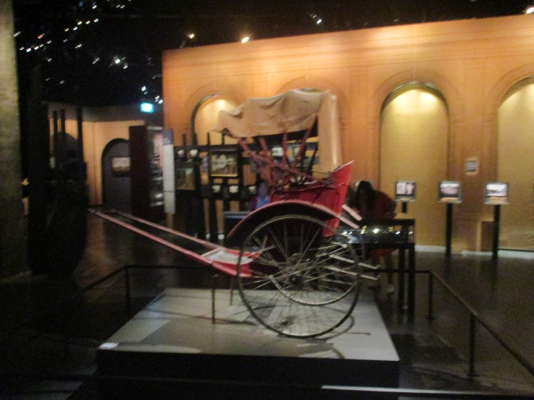 (pic - Story) Singapore Museum - Tuk Tuk