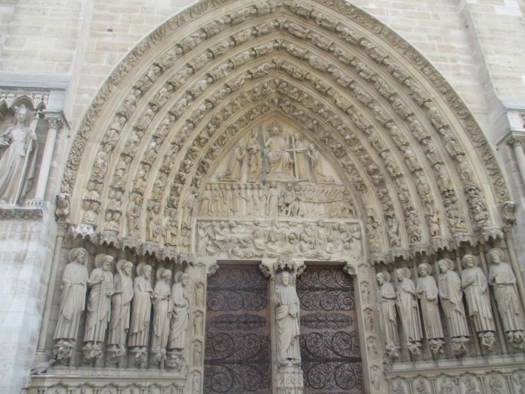 (pic - Story) Notre Dame - Doors